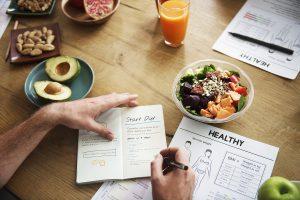 Dieta contro l'obesità esempio di un menù settimanale