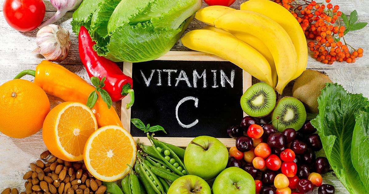 Tutto sulla Vitamina C proprietà benefiche e alimenti